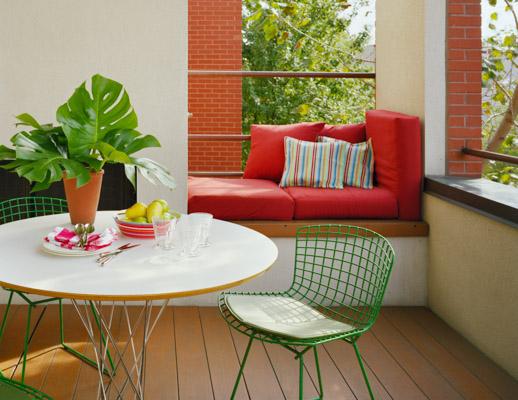 ... Noguchi Cyclone Dining Table Green Bertoia Side Chairs ...