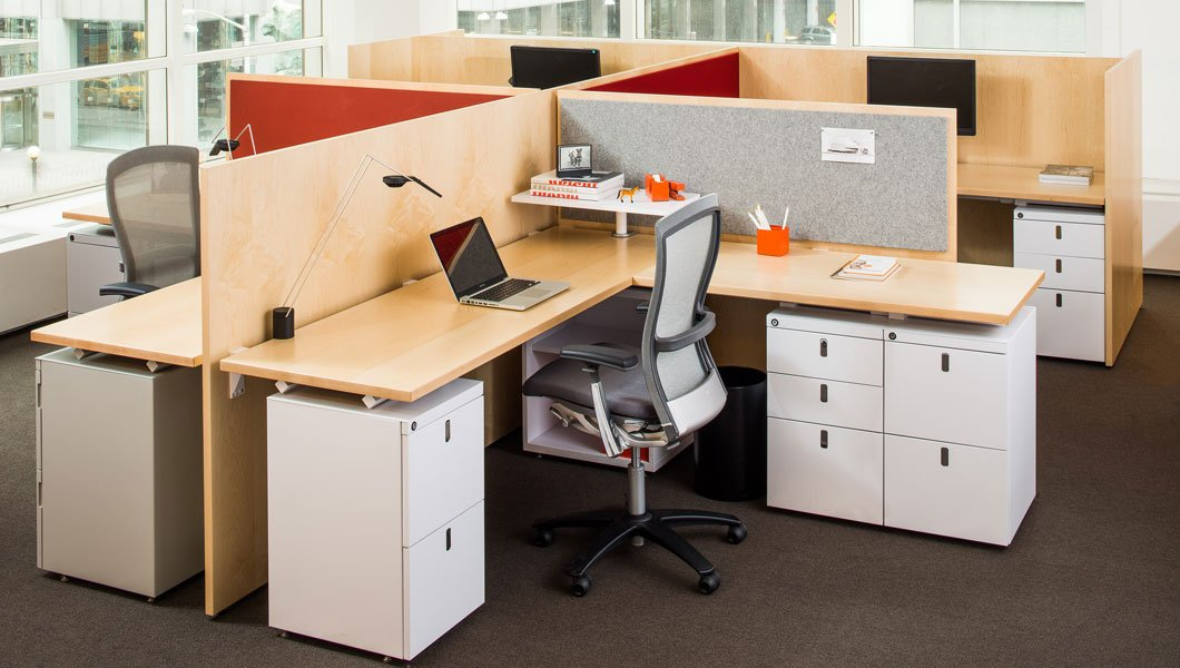 Knoll Open Plan Workstation Furniture with Antenna Workspaces