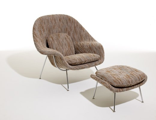 Saarinen Womb Chair and neutral Ottoman