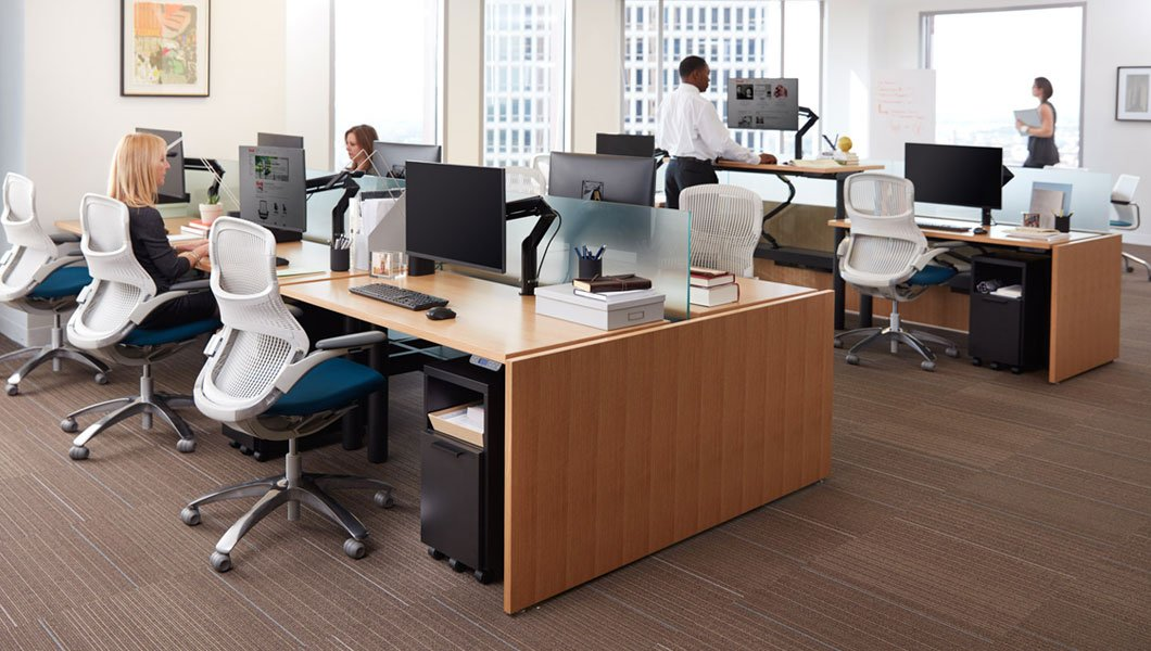 Knoll Open Plan Workstation Furniture with Telescope Height Adjustable Benching