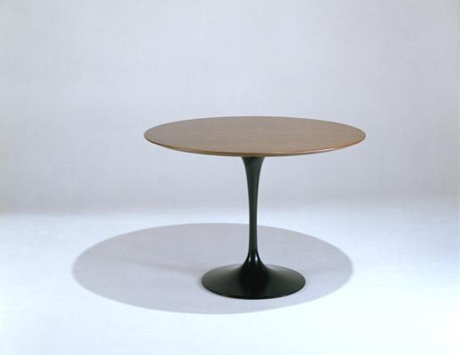 Saarinen Table Round Knoll