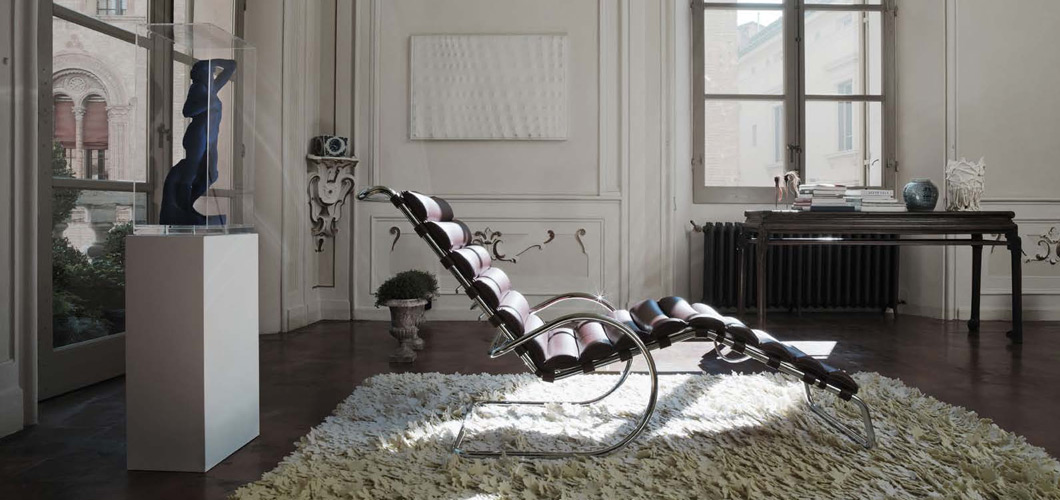 Knoll Mlies MR Chaise Lounge by Ludwig Mlies van der Rohe