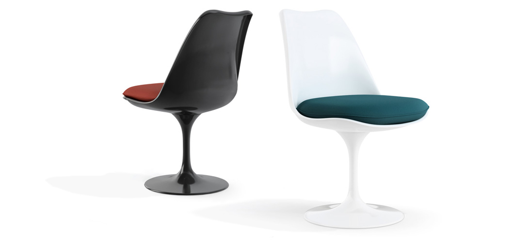 Knoll Saarinen Tulip Chairs by Eero Saarinen