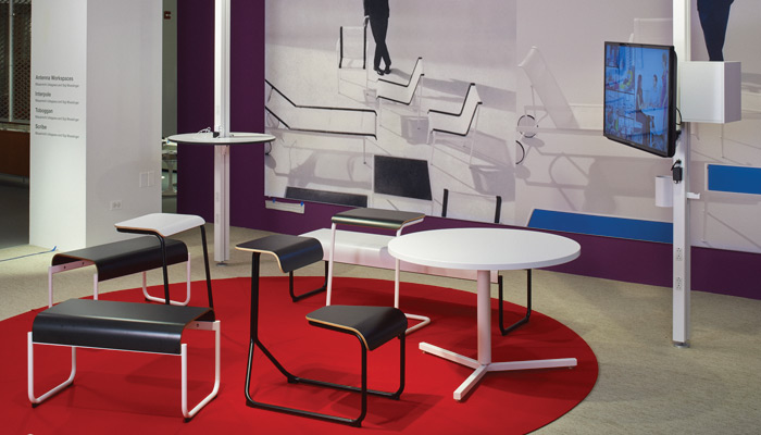 Informal activity spaces with Toboggan and Interpole enable users to connect, display and adapt - without a reservation