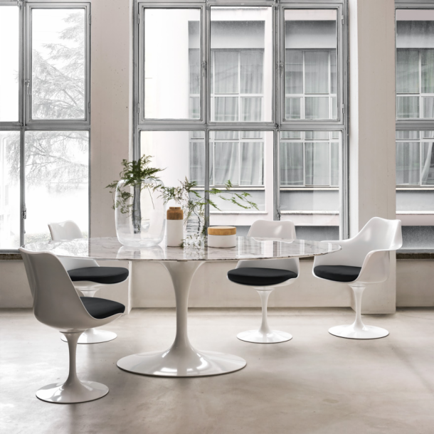 Saarinen White Tulip Arm Chair - hivemodern.com