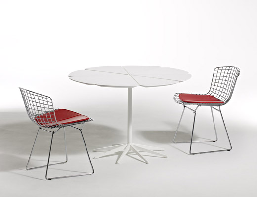 Richard Schultz Petal Table Bertoia Side Chairs