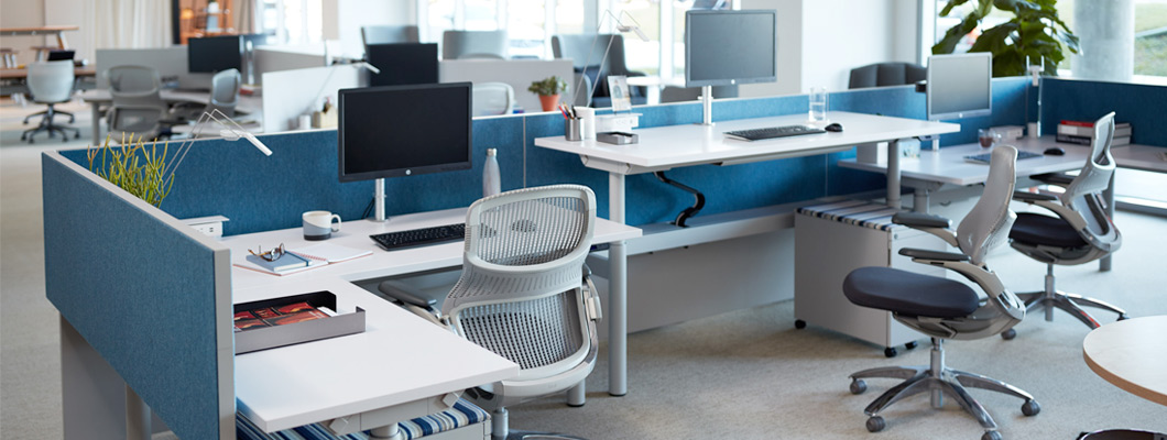 Knoll Height-adjustable desks and tables