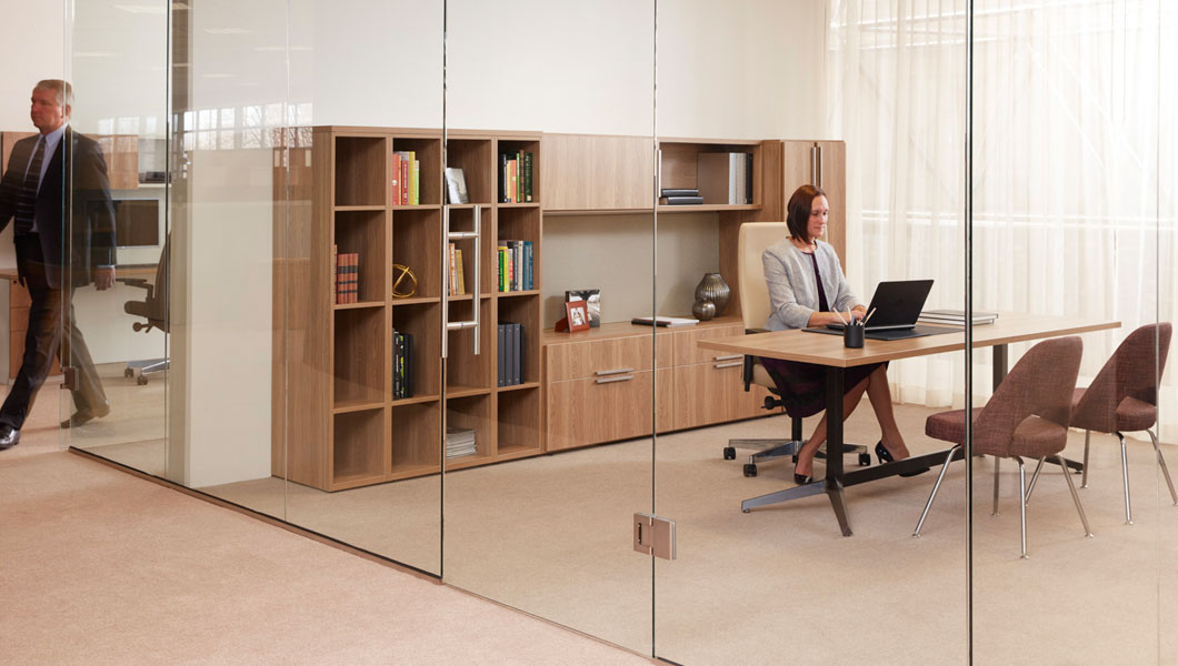 Knoll Efficient Private Office with Dividends Horizon and Anchor Storage