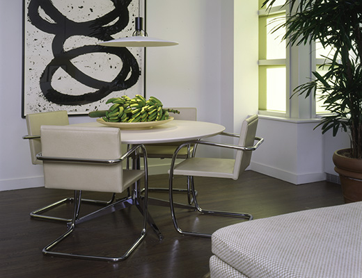 Tubular Brno Dining Chairs and Florence Knoll Table