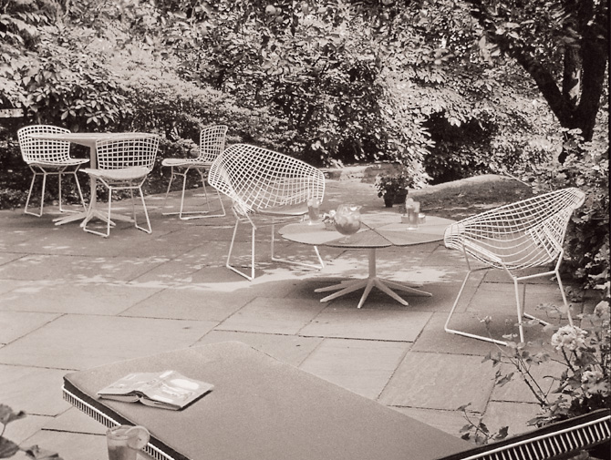 Knoll Richard Schultz Petal Collection History