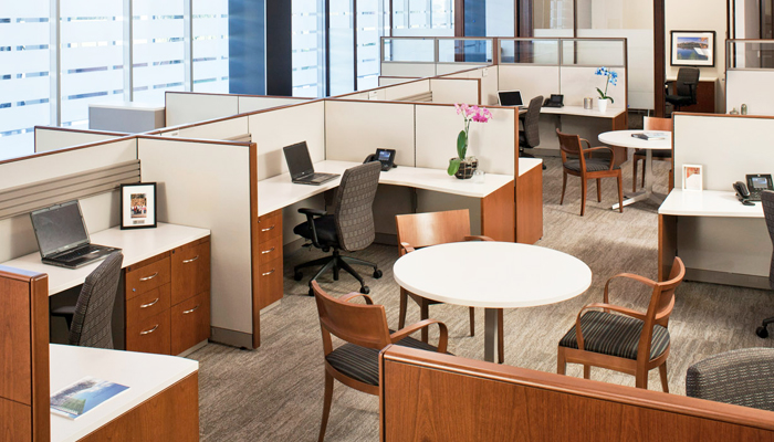 Reff Profiles™ workstations with Dividends Horizon® X-Base Tables, EWC Pro™ Task Chairs and Crinion Side Chairs