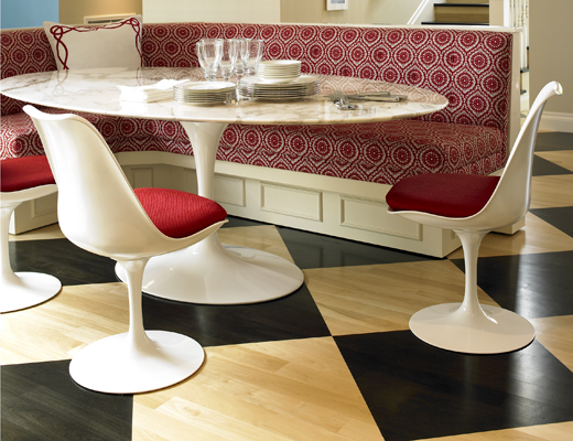 ... Tulip Armless Chair, Saarinen Oval Dining Table ...