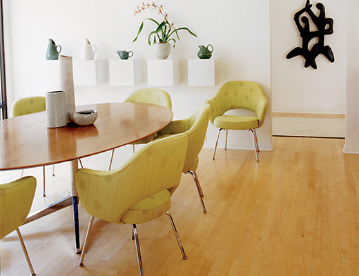 Saarinen Executive Chairs & Florence Knoll Table
