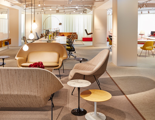 flexible open plan lounge group workstation lobby welcome