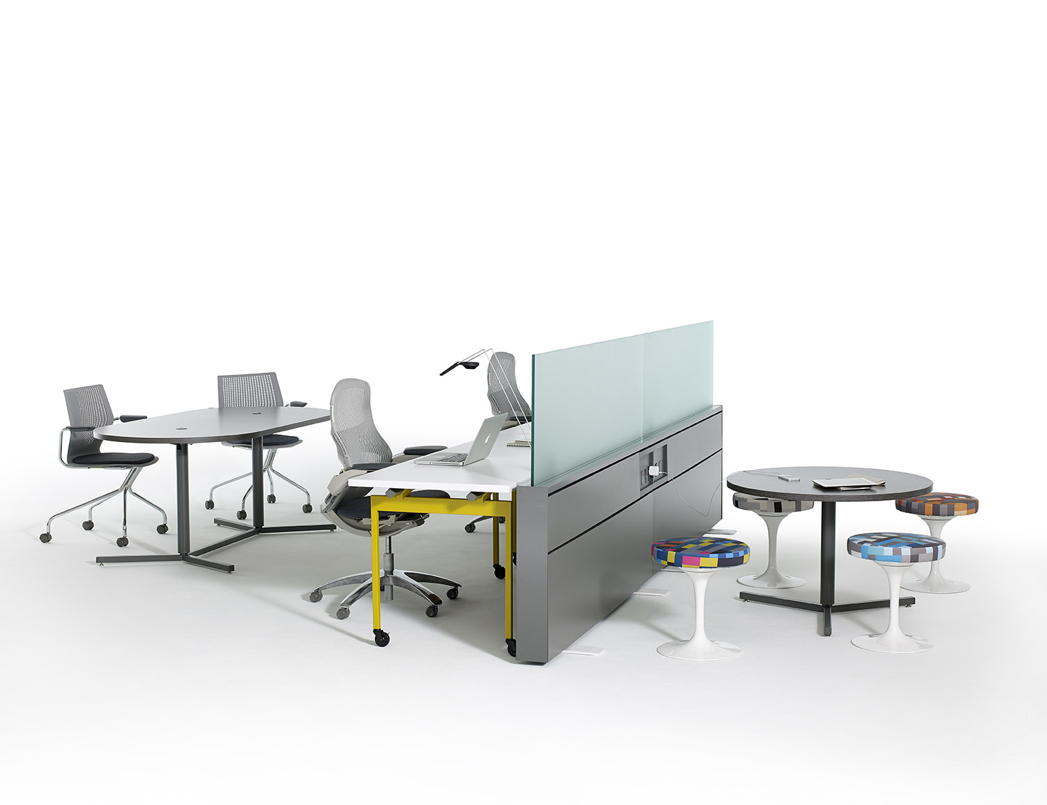 Antenna® Workspaces Activity Spaces with Fence & Antenna Y-Based Tables