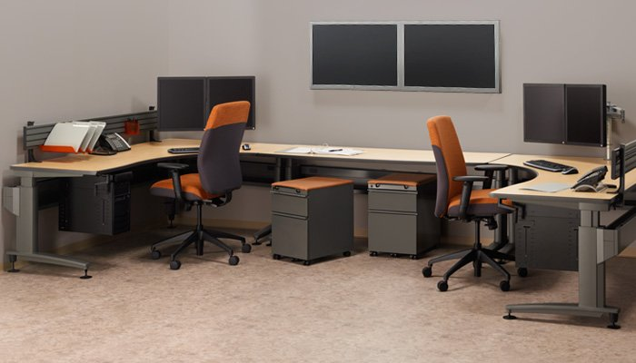 Combine height-adjustable tables, technology management solutions and ergonomic seating to create efficient, ergonomic <strong>imaging stations</strong>