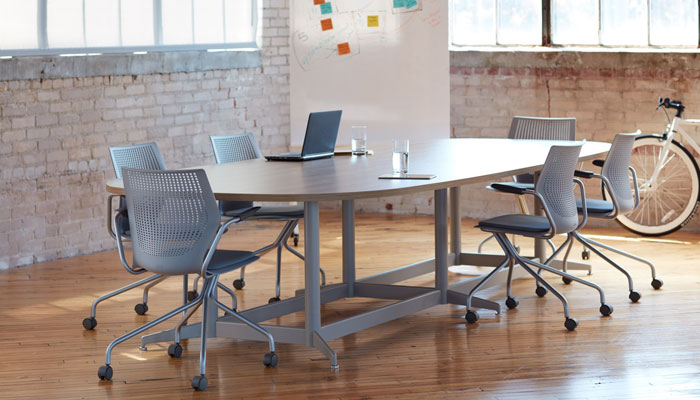 Dividends Horizon® EQ Table with MultiGeneration by Knoll® Chairs
