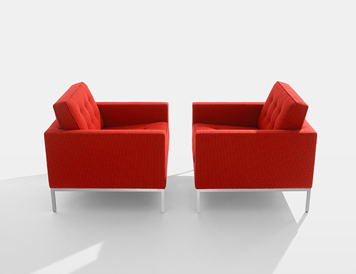 Florence Knoll Lounge Chairs in Cato red