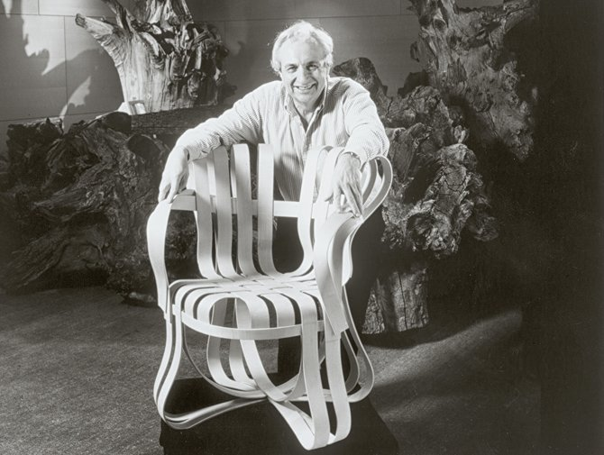 Knoll Frank Gehry Chair history