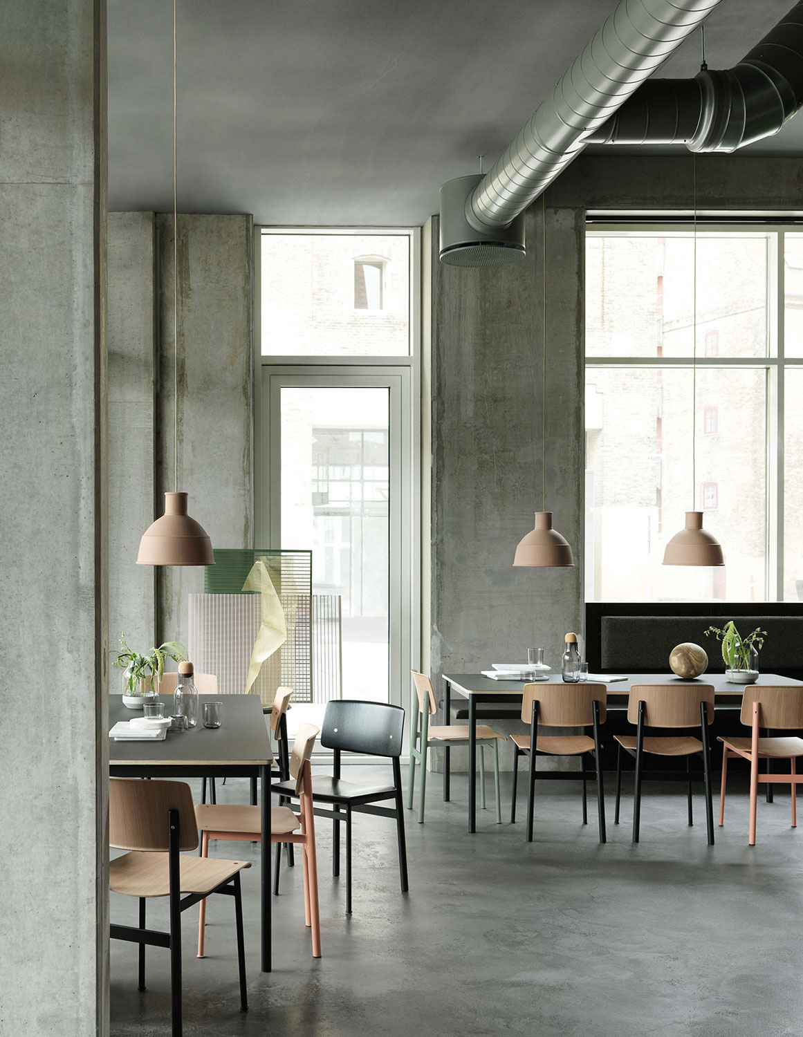 Muuto Base Table with Loft Chair Group
