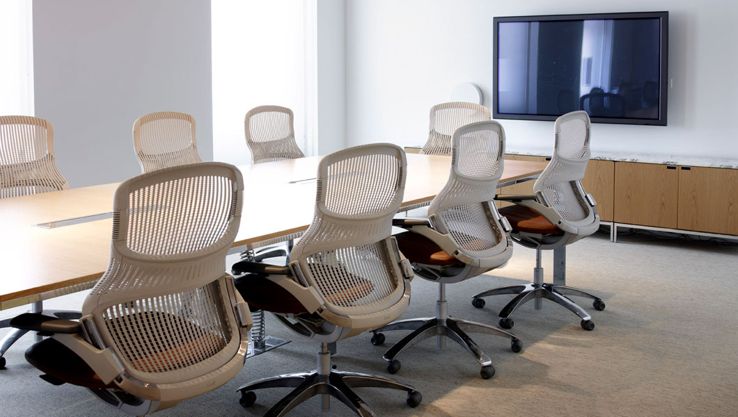 Knoll Shared Spaces Assembly Space Conference Room with LSM Table and Generation by Knoll Chairs