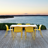 Knoll outdoor Stromborg Table with Olivares Aluminum Chairs