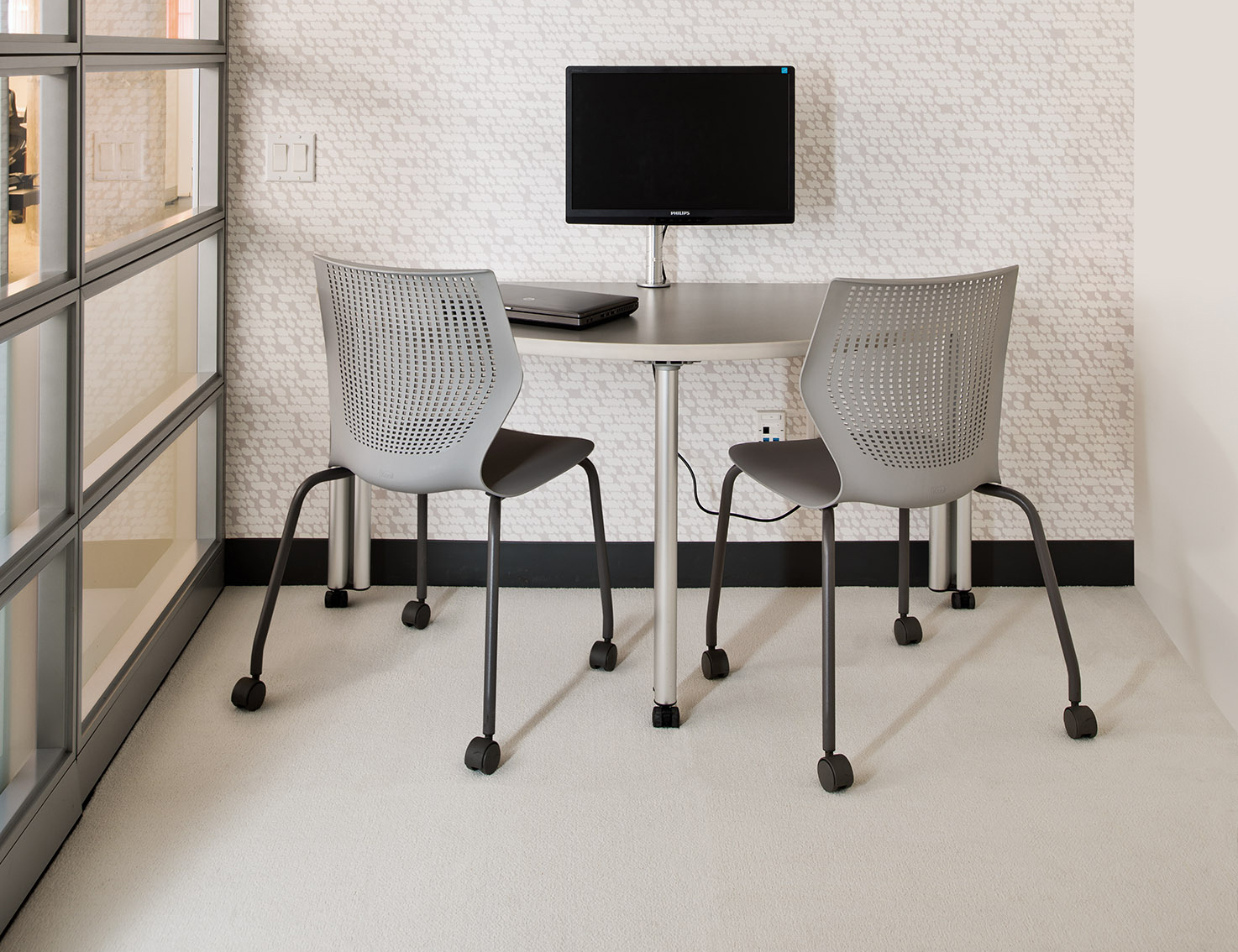 Upstart Training Table with MultiGeneration Chairs