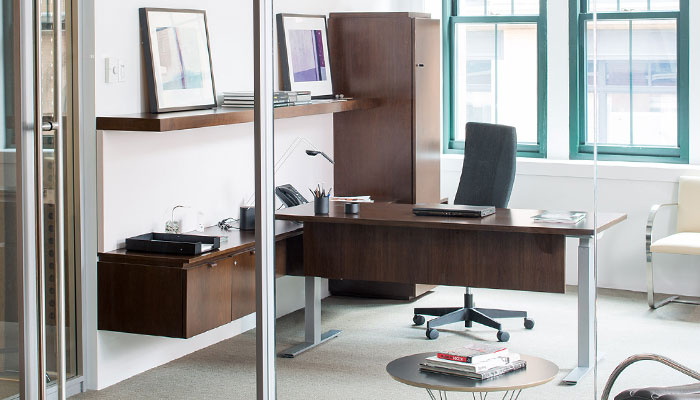 Reff Profiles™ with Tone™ Height-adjustbale Desk