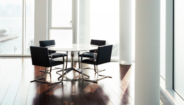 Florence Knoll Table Desk, Brno Flat Bar Chairs