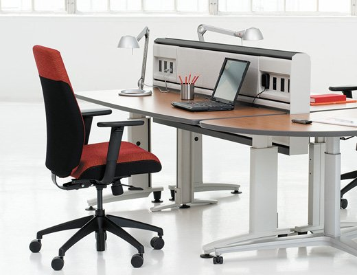 Knoll Currents Desk