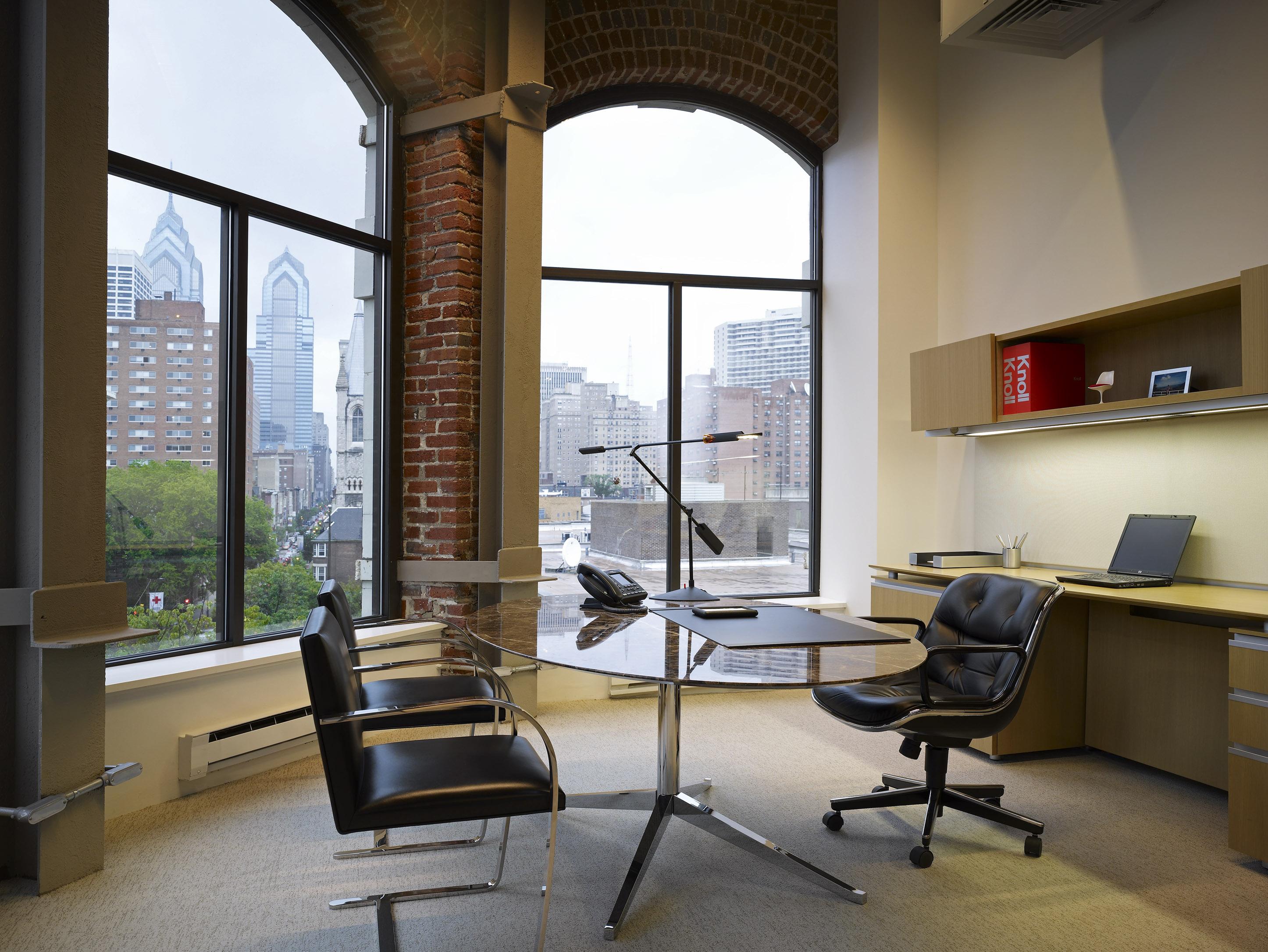 pollock executive chair knoll. Black Bedroom Furniture Sets. Home Design Ideas