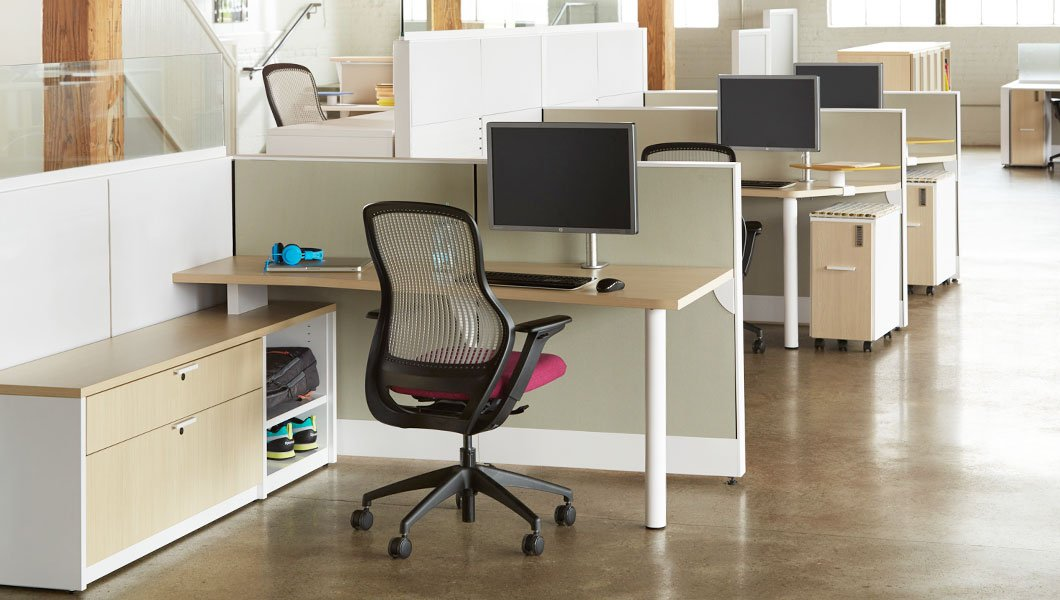 Knoll Open Plan Workstation Furniture with Dividends Horizon