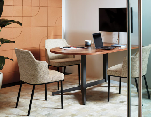 Dividends Horizon Y Base Table Remix Side Chairs