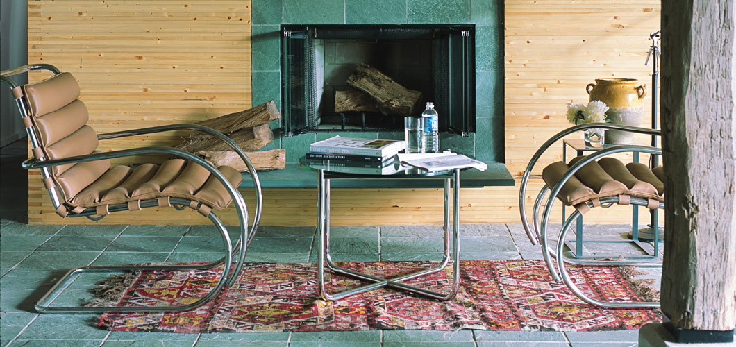 Knoll Mlies MR Table by Ludwig Mlies van der Rohe