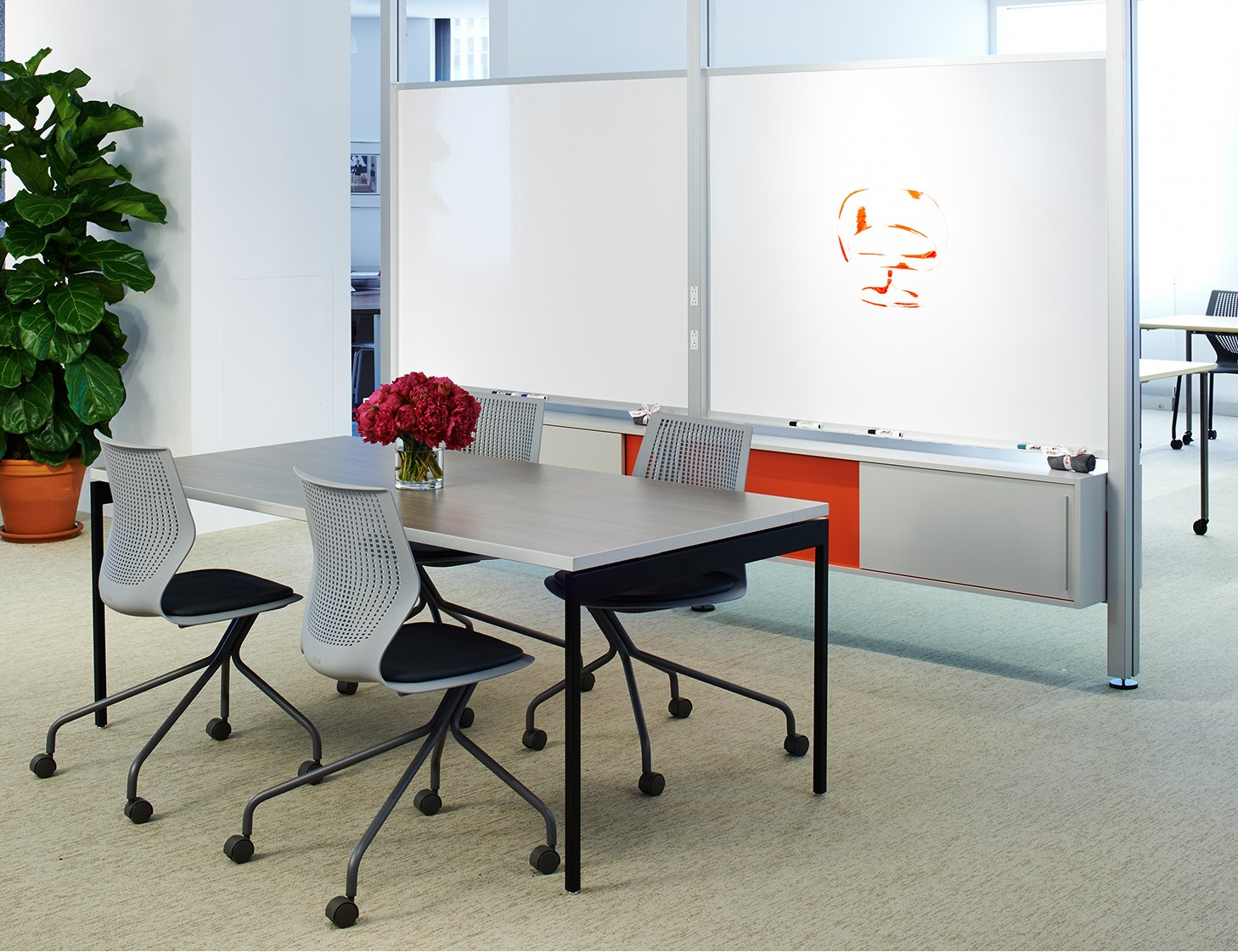Knoll Antenna Meeting Table