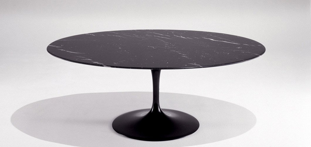 Saarinen Coffee Table 42 Oval Knoll
