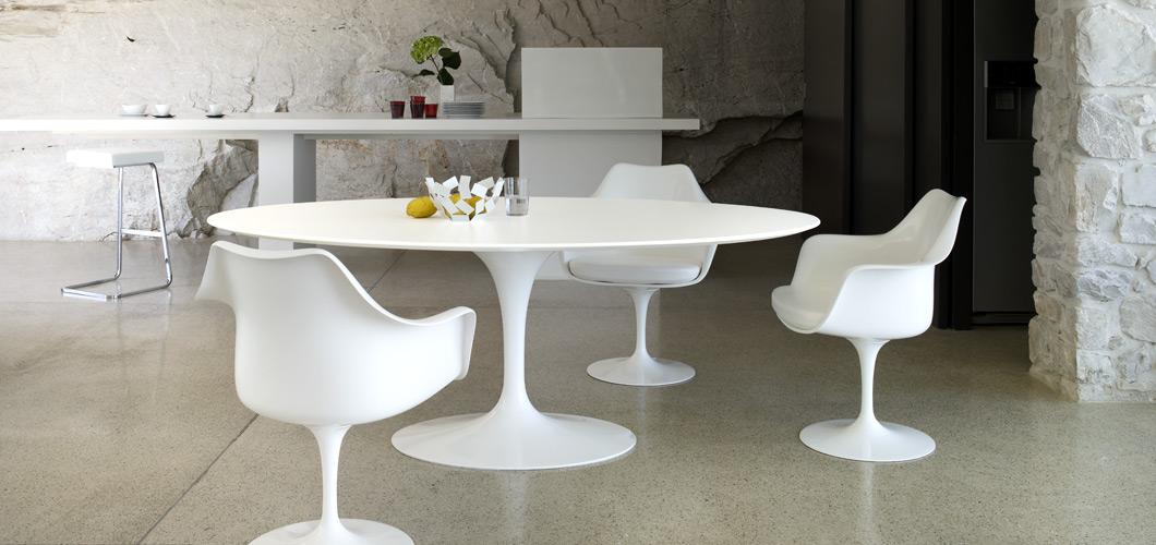 Knoll Saarinen Tulip Chairs by Eero Saarinen