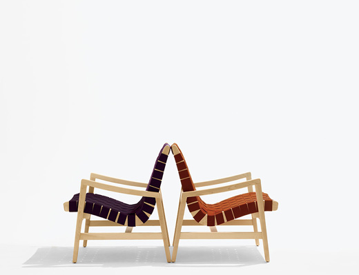Risom Lounge Chair in light walnut wood and aubergine and maize seat