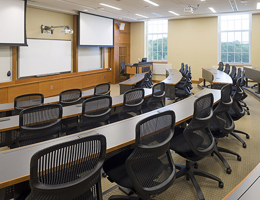 Wake Forest University School of Business: Farrell Hall Knoll Project Case Study