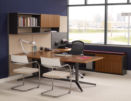 Dividends Horizon private office with Generation by Knoll