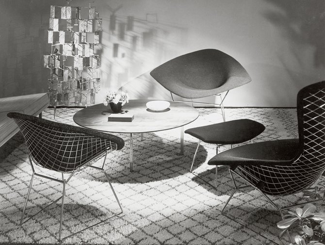 Knoll Harry Bertoia Wire Lounge Chair history