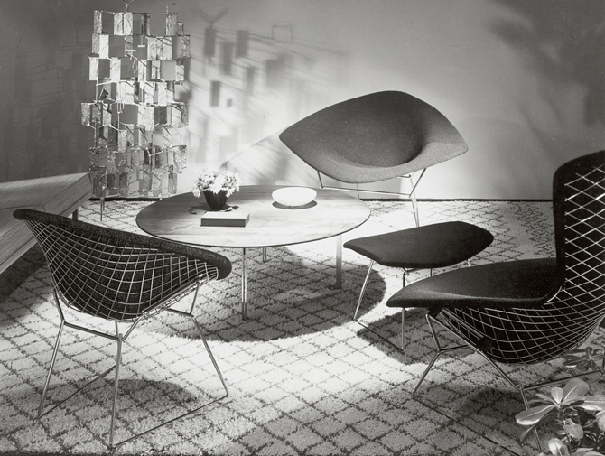 Bertoia Large Diamond Chair Knoll