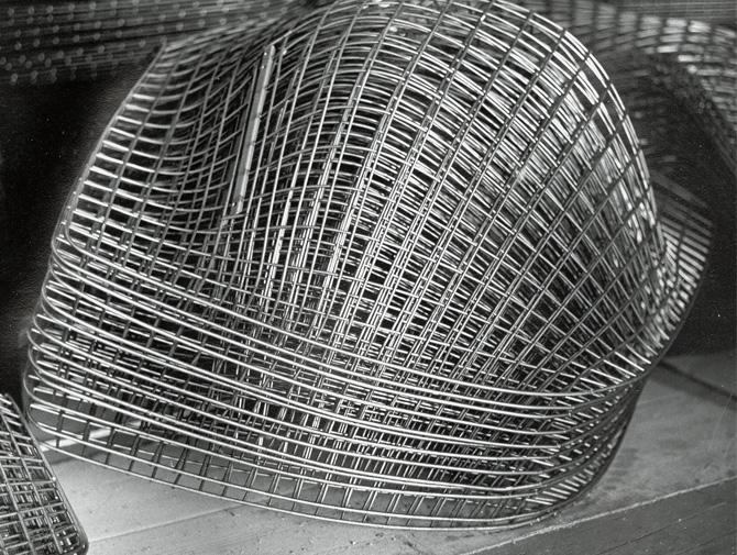 Delightful ... Knoll Harry Bertoia Wire Lounge Chair History ...