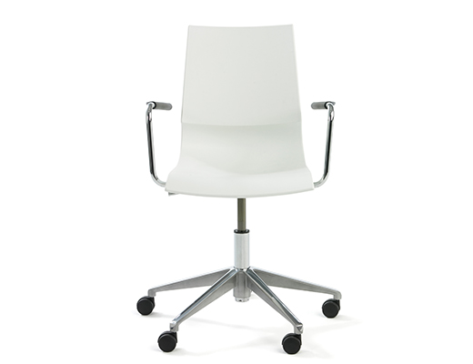 Gigi Swivel Chair with casters in white