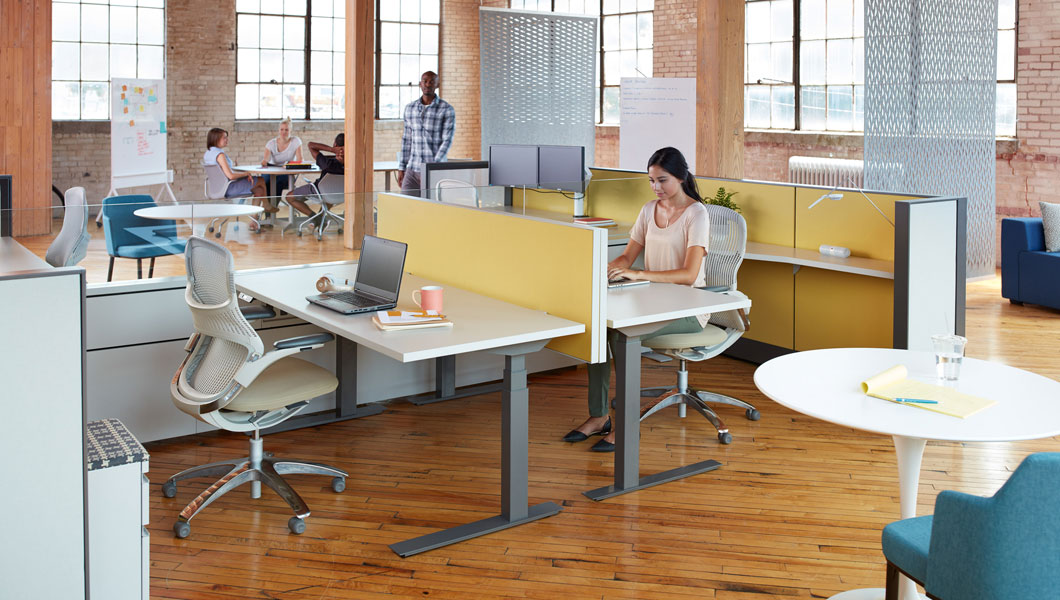 Knoll Open Plan Workstation Furniture with Dividends Horizon and Tone