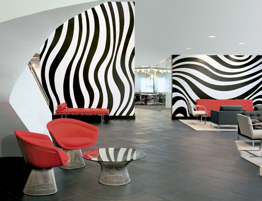 Platner Lounge Chair and Platner Coffee Table installation