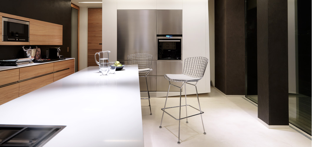 Bertoia Barstool Counter Height Without Seat Pad Knoll