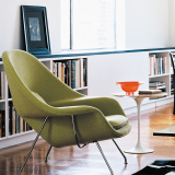 Saarinen Womb Chair with chrome base and marble Saarinen Side Table