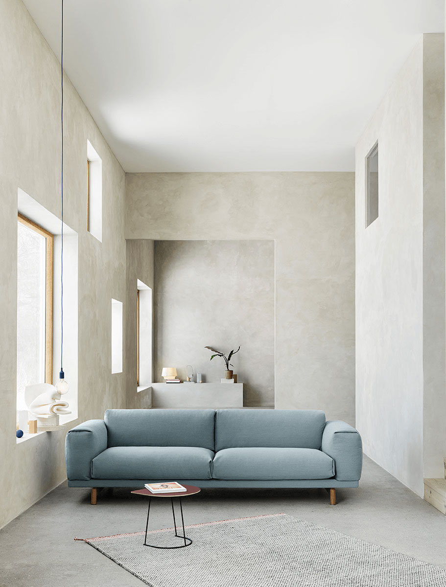 Muuto Rest S3 Seater with Airy Table