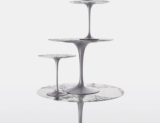 ... Saarinen Tulip Tables In Arabescato Marble And Platinum Finish Base ...